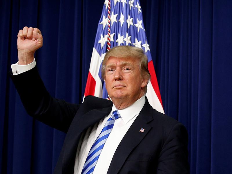 """В послании, в котором Трамп упомянут впервые с момента его избрания главой государства, говорится, что для """"утонувшей Америки"""" нет спасителя"""