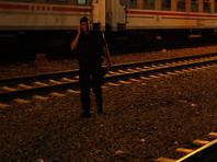 В Греции поезд сошел с рельсов и врезался в жилой дом, есть погибшие