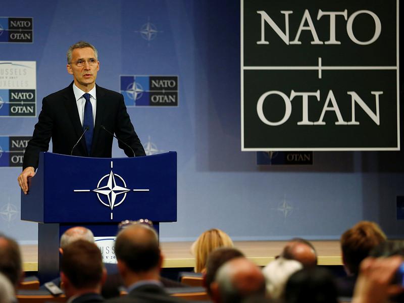 Генеральный секретарь НАТО Йенс Столтенберг на пресс-конференции после заседания 28 председателей стран-участников альянса заявил, что четыре боеспособные военные группы не были бы развернуты в восточно-европейских странах, если бы Россия не аннексировала Крым