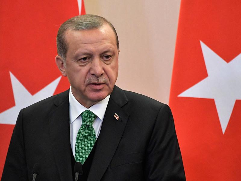 Эрдоган рассказал, что обсуждал с Путиным в Сочи снимки якобы российских военных с курдскми бойцами в Сирии