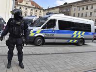 """Задержанный в Праге россиянин рассказал о """"допросах"""", на которых ему предлагали сознаться во взломе почты Хиллари Клинтон"""