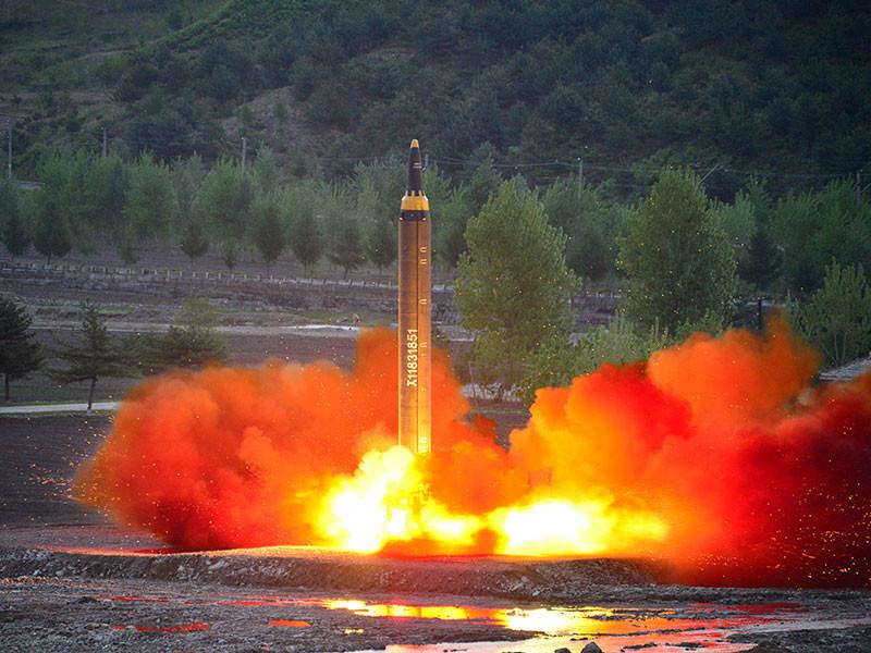 Россия категорически против расширения клуба ядерных держав, в том числе за счет Северной Кореи, но, считая неприемлемыми ракетные и ядерные испытания КНДР, выступает за возвращение к переговорам