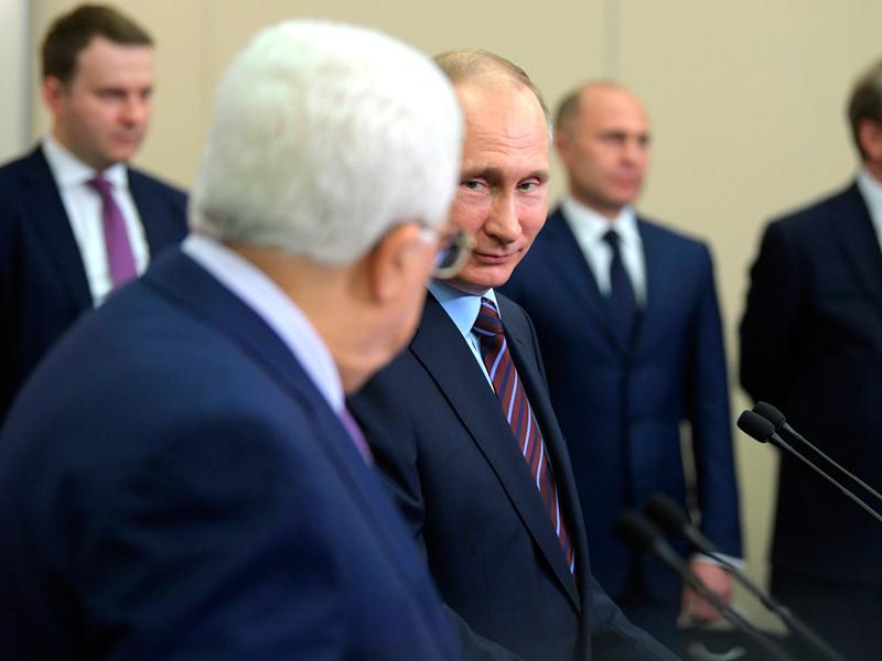 Владимир Путин и Президент Палестины Махмуд Аббас в режиме телемоста приняли участие в открытии Многофункционального культурно-спортивного комплекса в Вифлееме