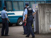 В Японии мужчина с ножом и битой атаковал гуляющих: до 10 раненых
