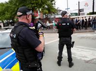 Британская полиция опубликовала фотографии смертника из Манчестера, сделанные незадолго до теракта