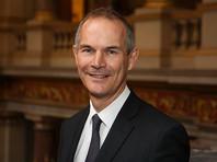 Британский посол в Австрии рассказал миру о погнавшемся за ним венском кабане