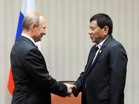 """Во время визита к """"щедрым"""" россиянам Дутерте попросит Путина поставлять ему оружие"""