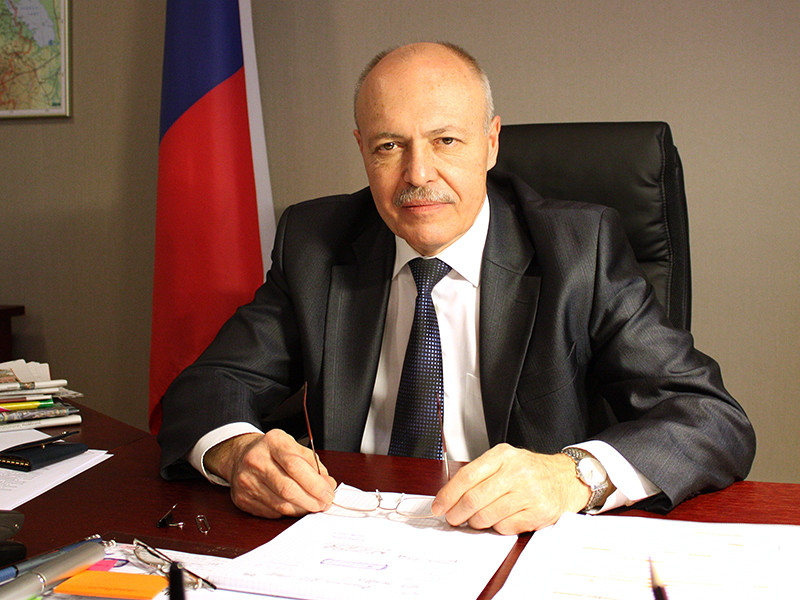 Генеральный консул РФ в Нарве Дмитрий Казённов