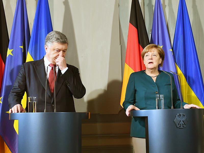 """Канцлер Германии Ангела Меркель в ходе встречи в субботу с президентом Украины Петром Порошенко намерена обсудить возможную будущую встречу четырех лидеров """"нормандского формата"""""""