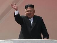 """Отвечая на вопросы о лидере КНДР Ким Чен Ыне, Трамп заявил, что надеется на его рациональность. """"Ему 27 лет. Его отец умер, он принял режим. Говорите что хотите, но это нелегко, особенно в таком возрасте, - сказал президент США"""