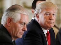 """Вместе с тем ночью 3 мая госсекретарь США Рекс Тиллерсон, присутствовавший в кабинете рядом с Трампом, назвал прошедший телефонный разговор """"конструктивным"""" и """"всесторонним"""""""