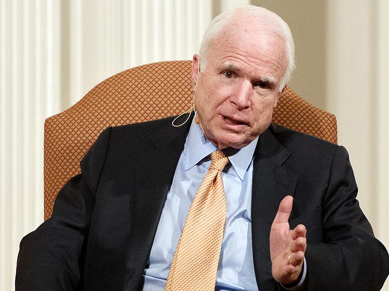 """Американский сенатор-республиканец от штата Аризона Джон Маккейн, недавно охарактеризовавший президента РФ Владимира Путина как """"бандита и убийцу"""", вновь резко высказался о российском лидере"""