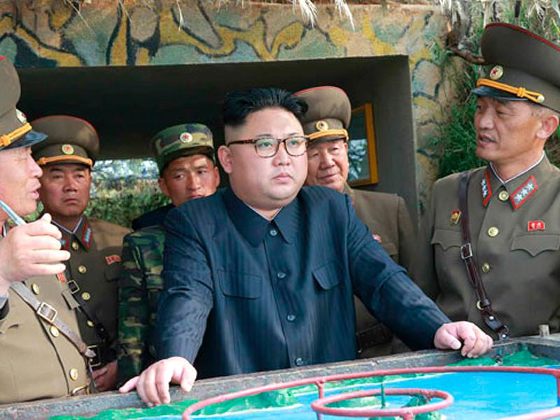 Лидер Северной Кореи Ким Чен Ын проинспектировал северокорейские подразделения, расположенные на островах Чанджэдо и Мудо
