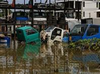 Всего бедствие затронуло 15 районов, в которых проживают 629 742 человек. Более 77 тыс. человек эвакуированы из затопленных районов и размещены в специальных временных убежищах