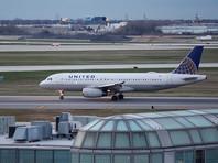 Бортпроводница United Airlines опубликовала в интернете коды доступа к кабинам пилотов