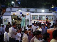 В Индии во время  свадьбы обрушилась стена:  погибли более 20 человек