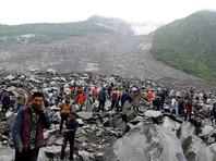 В Китае оползнем накрыло деревню: под завалами более 140 человек