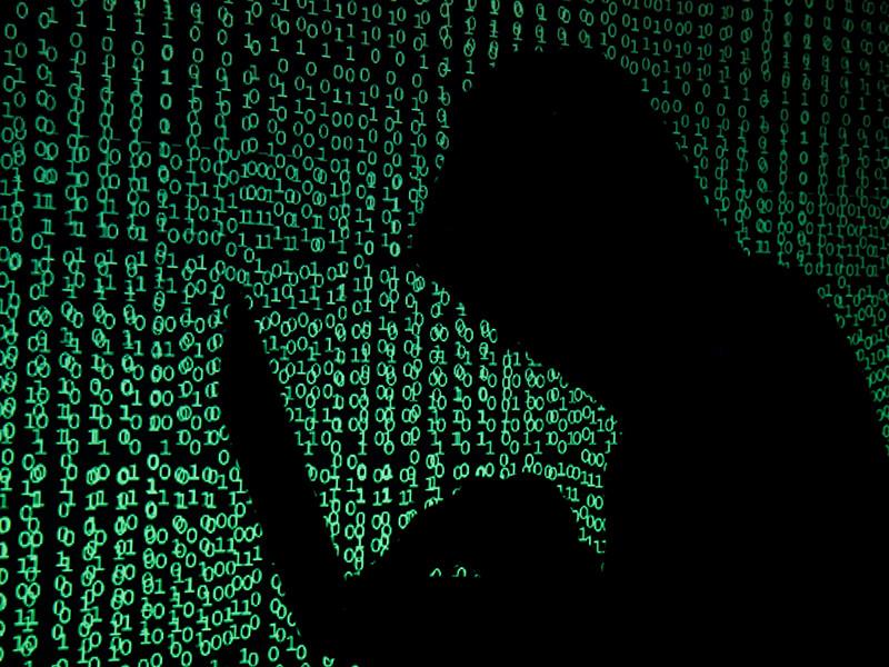 На Украине массовой хакерской атаке подверглись компьютерные сети кабинета министров, Киевской городской администрации, десятков государственных и частных крупных банков и компаний, аэропортов и столичного метро