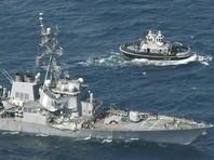 Флот США разыскивает семерых моряков, пропавших после столкновения эсминца с торговым судном