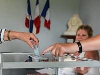 Выборы проходят по мажоритарной системе, когда кандидатам необходимо для победы набрать более 50% голосов. Во второй пройдут только те, кто набрал не менее 12,5% голосов в первом туре