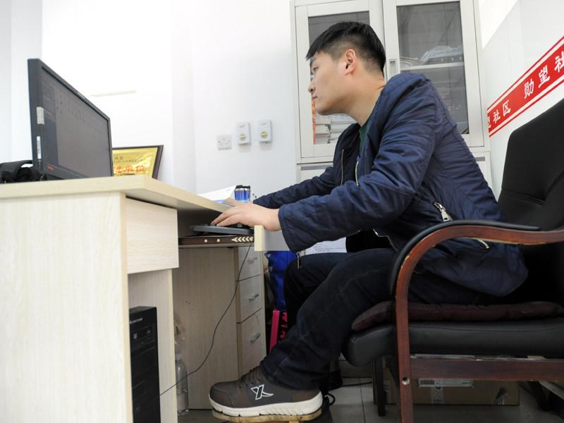 В Китае студентов колледжа стали обучать, как сделаться знаменитостями в Сети