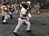В Индии полицейские убили шестерых фермеров во время массовых протестов против кабальных кредитов