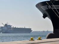 Поддержку Катару оказывает Иран, отправляющий через Персидский залив самолеты и катера с продовольствием. Катар хорошо зарабатывает на экспорте сжиженного газа танкерами, но большая часть продовольствия импортируется, и изоляция со стороны сухопутных соседей грозит дефицитом