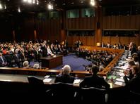 Коми принес клятву, а затем начались вопросы со стороны сенаторов
