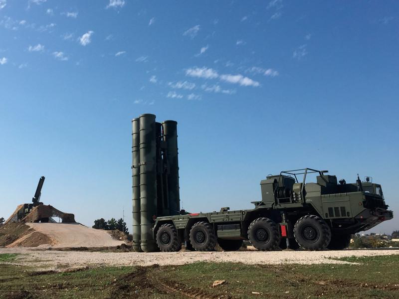 Австралия сообщила во вторник, 20 июня, о приостановке воздушных ударов в Сирии после инцидента со сбитым США сирийским самолетом и последующей угрозой со стороны России брать авиацию и беспилотники международной коалиции на сопровождение средств ПВО РФ