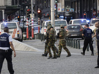 """На центральном вокзале Брюсселя произошел взрыв. Полиция открыла огонь по человеку с """"поясом смертника"""""""