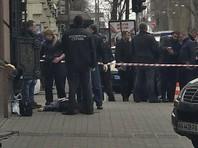 Денис Вороненков был убит в Киеве 23 марта. Его охранник вступил в перестрелку с киллером и смертельно его ранил. Позже убийца скончался в больнице. Им оказался 28-летний Павел Паршов, который ранее служил в одном из украинских добровольческих батальонов в Донбассе
