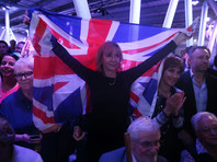 """Экзит-поллы из Британии предрекают """"подвешенный парламент"""""""