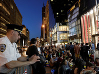 В Нью-Йорке иудеи и мусульмане объединились на акции протеста против политики Трампа