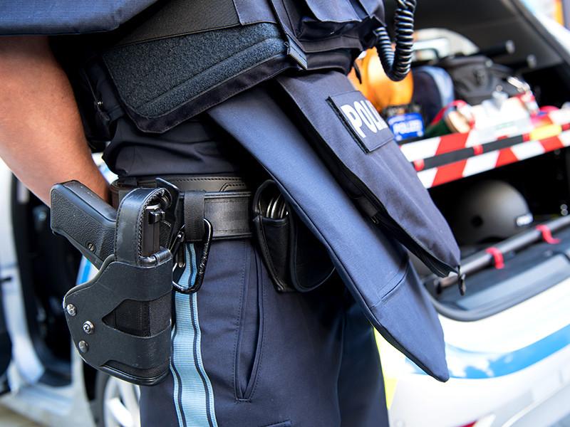 В пригороде Мюнхена на станции скоростной железной дороги произошла стрельба: несколько человек ранены, сообщает местная полиция