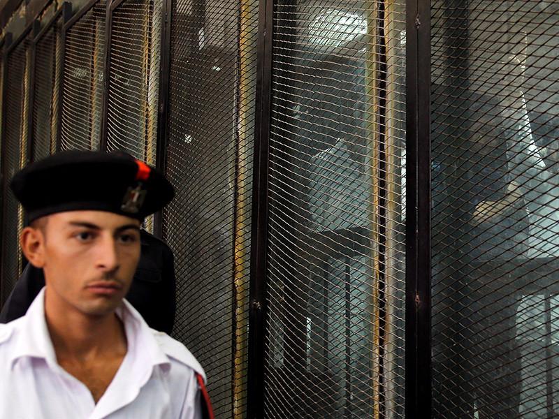 Уголовный суд Каира приговорил к казни 31 обвиняемого по делу об убийстве генерального прокурора Хишама Бараката