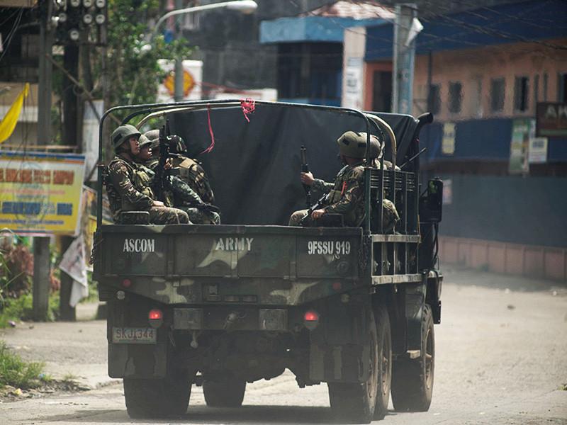 Среди уничтоженных на Филиппинах исламистов были чеченцы и выходцы из арабских стран, заявили в Минобороны страны