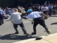 Полиция американской столицы арестовала двух граждан Турции, которые участвовали в беспорядках у резиденции посла Турции в Вашингтоне в середине мая