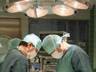 В Дублине успешно прооперировали женщину, вонзившую в себя 19 иголок (ФОТО)