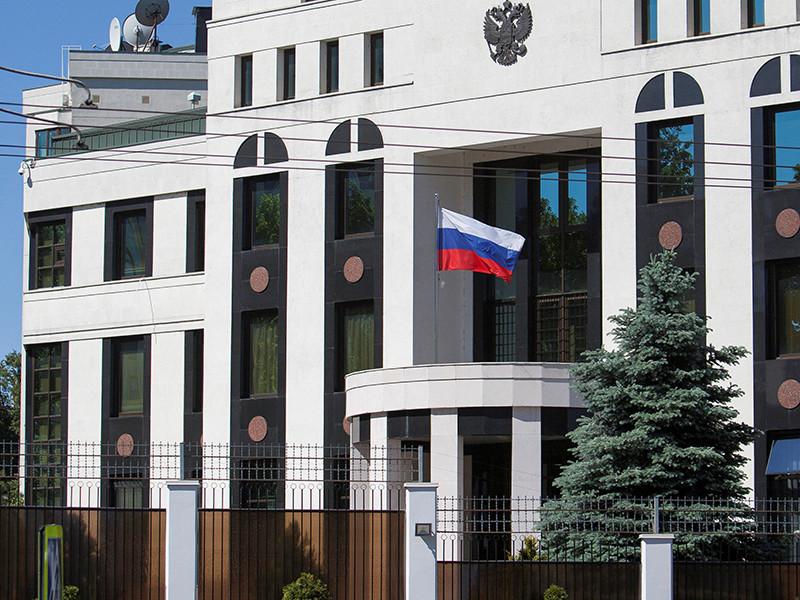 Высланных из Молдавии российских дипломатов подозревают в вербовке добровольцев для Донбасса