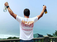 Джордж Клуни продает свой бренд текилы за миллиард долларов