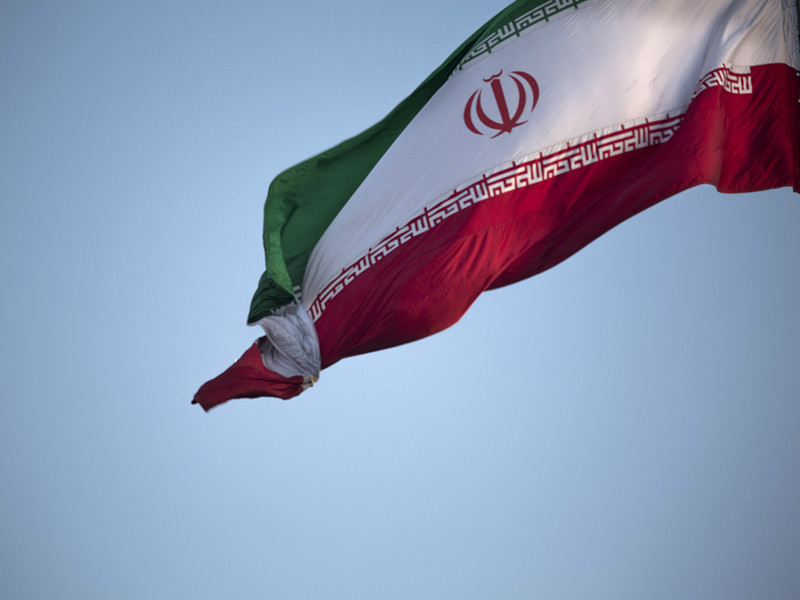 Иран направил в Катар четыре самолета с продовольствием, чтобы не допустить дефицита в стране, которая оказалась в изоляции после решения ряда арабских соседей наказать руководство за поддержку терроризма