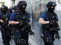 Лондонская полиция проводит спецоперацию в районе Баркинг на востоке британской столицы, передает Reuters со ссылкой на главу МВД Британии Эмбер Радд