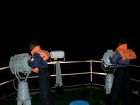 В районе поисково-спасательной операции находятся несколько кораблей ВМС республики