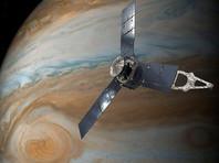 """Американский зонд Juno пролетел над Большим красным пятном Юпитера и """"позвонил"""" на Землю"""