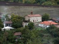 Лапшин на процессе не признал вины, заявив, что Нагорный Карабах является территорией Азербайджана. По словам блогера, его поездки в этот регион носили туристический характер и не имели политического подтекста