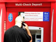 """В Техасе спасли """"узника банкомата"""", через щель посылавшего на волю записки"""