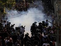 На Храмовой горе произошли столкновения между мусульманами и полицией: 30 человек получили ранения