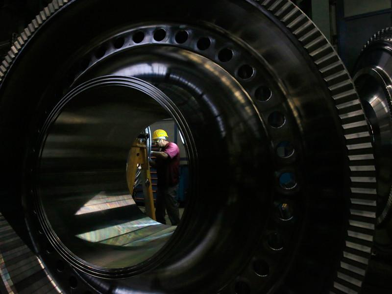 Поставка газовых турбин Siemens в Крым в обход санкций и в нарушение контракта могла быть частично спровоцирована самой компанией