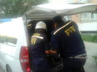 В Узбекистане двое рабочих и врач погибли при попытке достать телефон из выгребной ямы