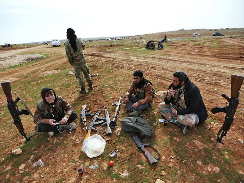 Президент США Дональд Трамп решил закрыть программу Центрального разведывательного управления (ЦРУ) по вооружению и военной подготовке так называемой умеренной оппозиции Сирии, противостоящей армии действующего президента САР Башара Асада